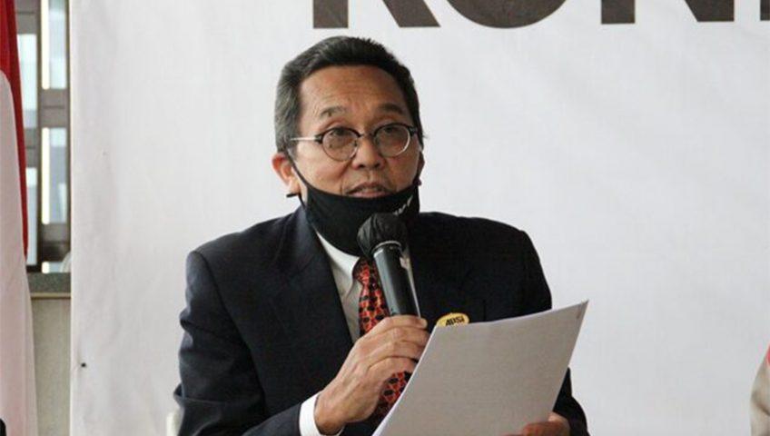 Ketua Umum APSI Azis Said