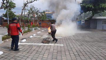 BSP Bali Ikutkan Satpam Latihan Apar dan Hydrant